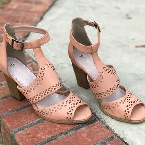 Never Worn Peachy Nude Cutout Heeled Sandals